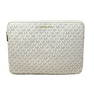 Michael Kors Connie Padded Laptop Case Vanilla